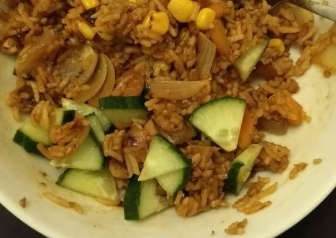 Stir fried BBQ chicken rice