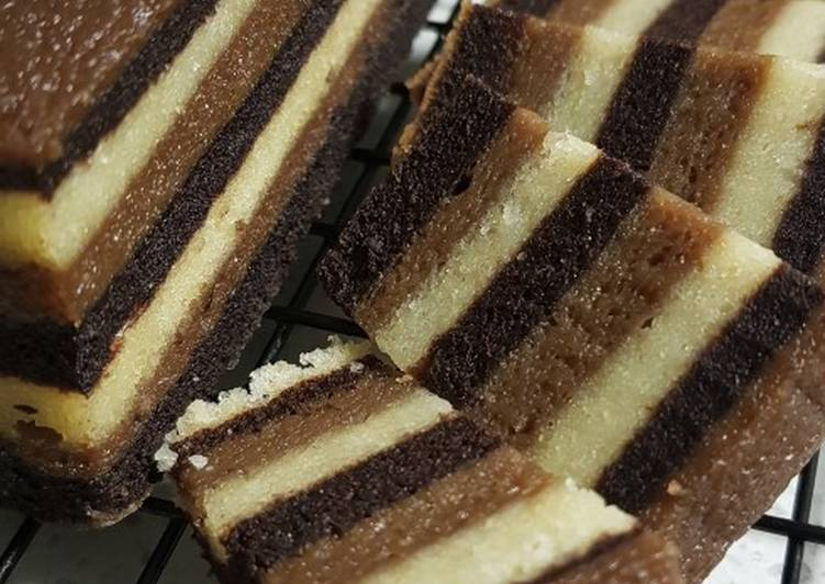 Steamed Cocoa Coffee Layer Cake