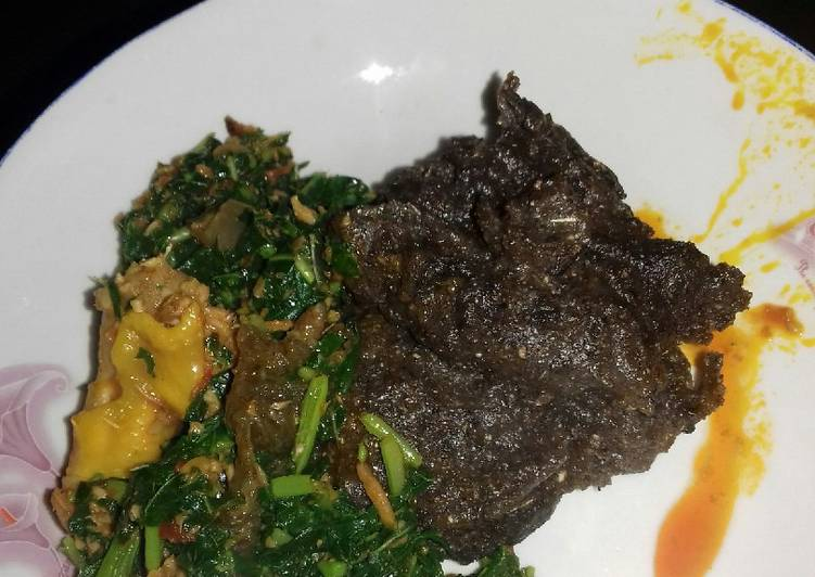 Use Food to Elevate Your Mood Green soup with Plantain flour /Amala