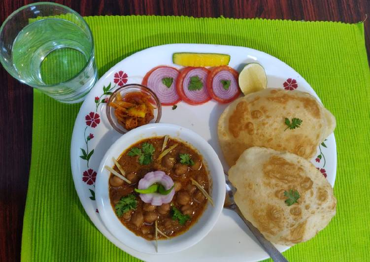 Easiest Way to Prepare Quick Punjabi Chole bhature