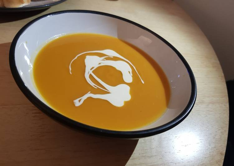 Easy Meal Ideas of Sweet Potato and Butternut Squash Soup