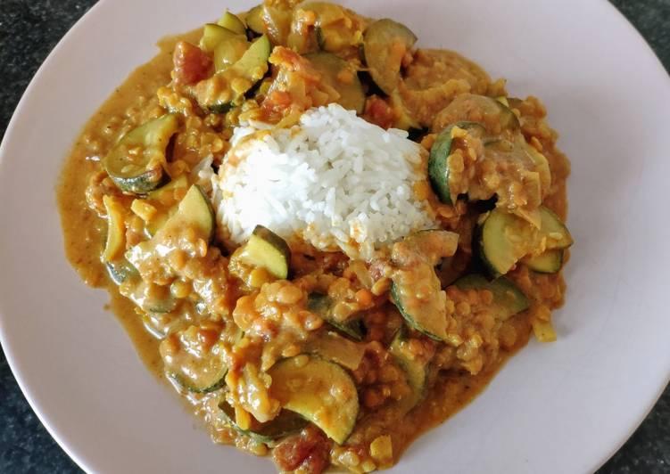 Curry de courgettes et lentilles corail (vegan)