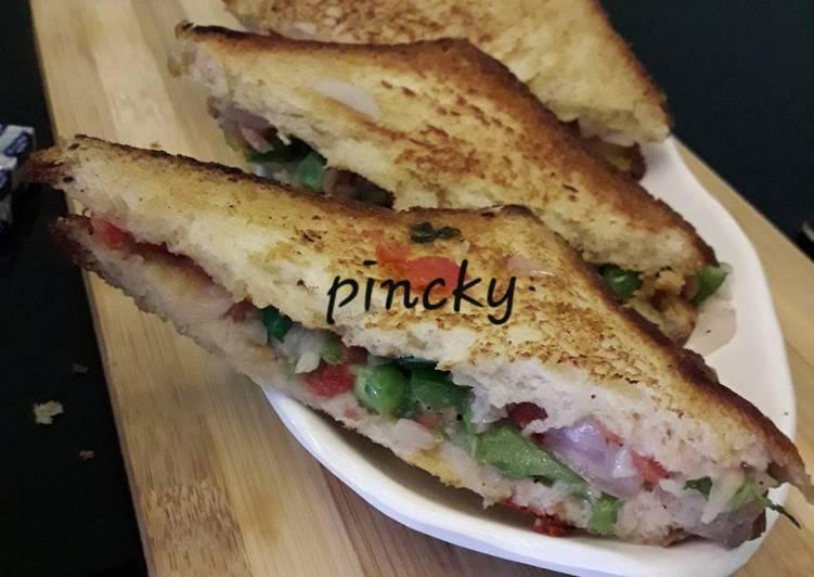 Step-by-Step Guide to Prepare Award-winning Veg mayonnaise sandwich