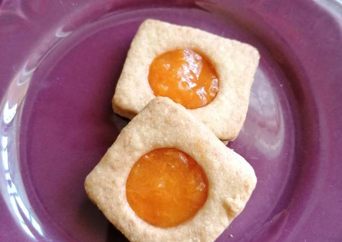 Biscuits confiture d'abricot