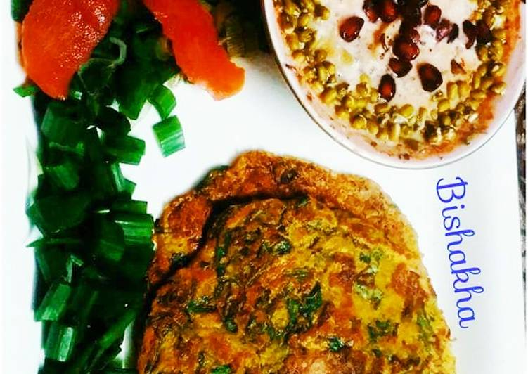 Moong daal Spinach pancake with Sprouts Raita