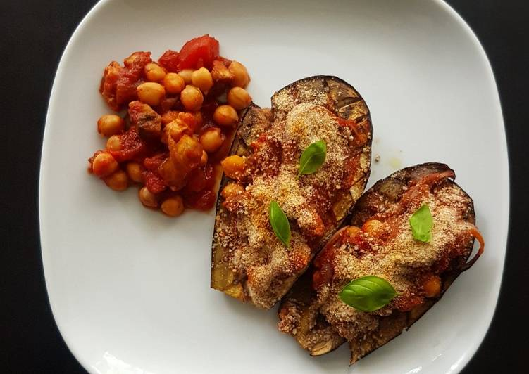 Comment Préparer Les Aubergines farcies aux pois chiches et à la tomate (vegane)
