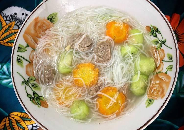 Misua bola bola sapi + veggies