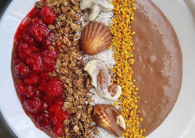 Easiest Way to Make Delicious Chocolate Smoothie Bowl