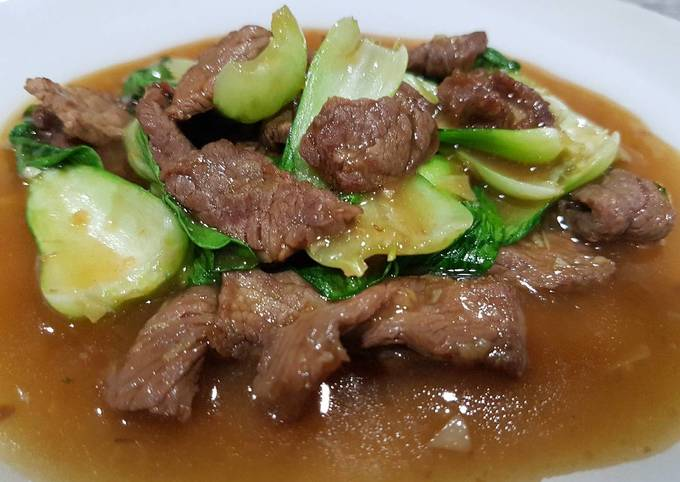 Chinese Beef in Oyster Sauce with Bok Choy
