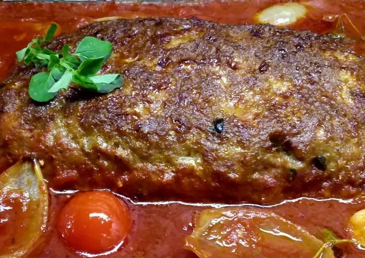 Falscher Hase mit Tomatensoße