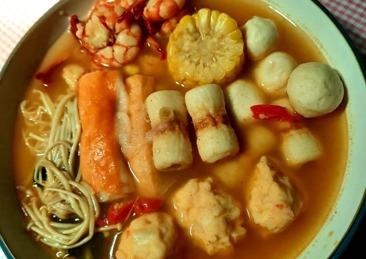 Resep Unggulan Suki Steamboat Kuah Tomyum Praktis Resep Masakanku