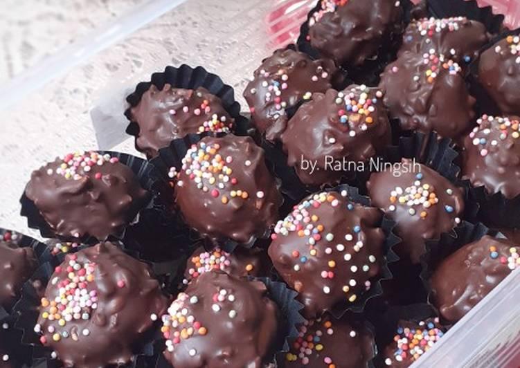 Bola2 Coklat Kacang No Mixer