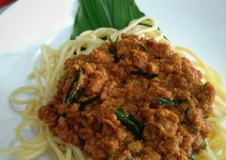 Spaghetti kuah rendang - velavinkabakery.com