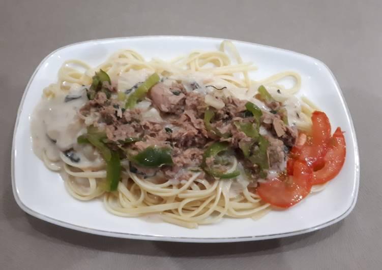 Spageti tuna saos carbonara