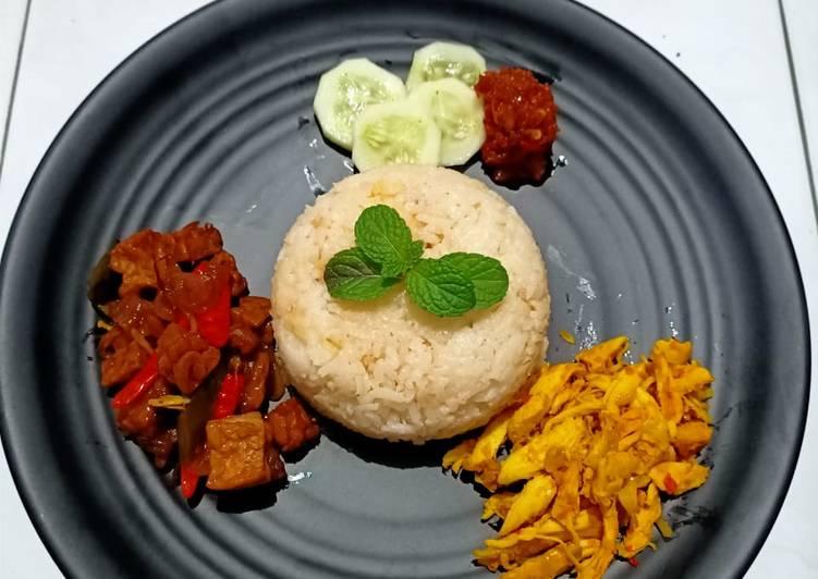 Nasi Liwet (Rice cooker)