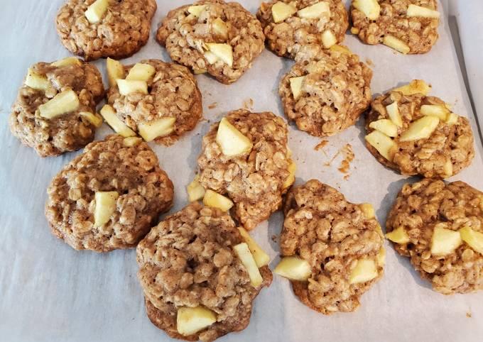 Tips Servant Perfect Apple Oatmeal Cookies