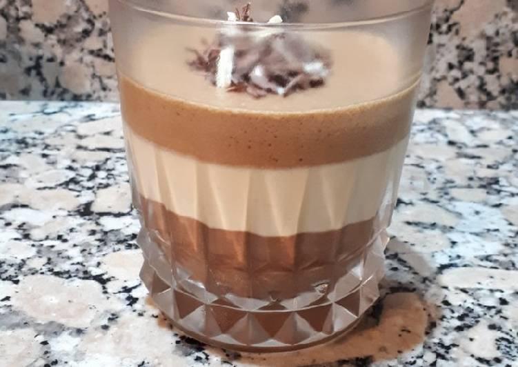 Comment Préparer Les Mousse trois chocolats