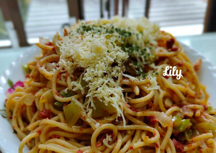 Spaghetti Saus Cornet Sapi