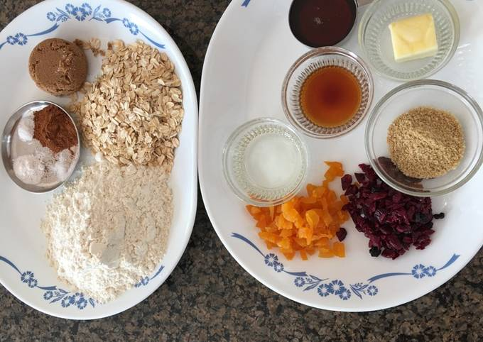 Cinnamon-maple oat biscotti with yogurt dip