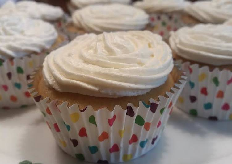 Simple Way to Prepare Ultimate Pina Colada Cupcakes