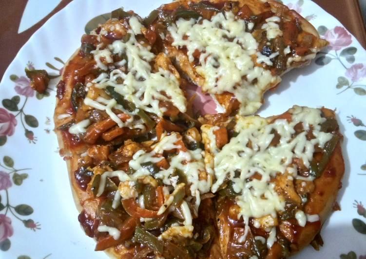Recipe: Appetizing Veg pizza on tawa INDIAN STYLE