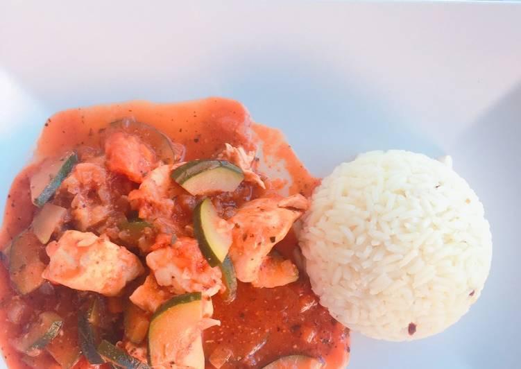 Poulet en sauce accompagné de son riz basmati