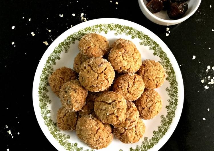 Healthy Oatmeal Date Cookies