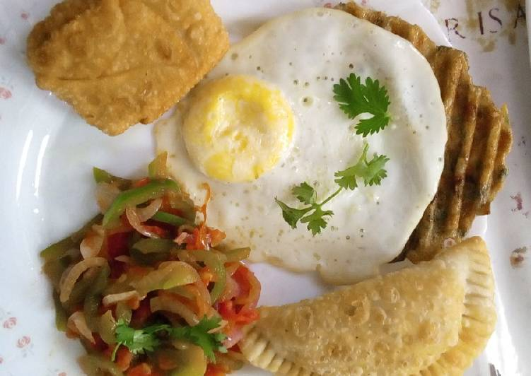 How to Make Any-night-of-the-week Poached eggs,samosa,hash browns and kachumbari