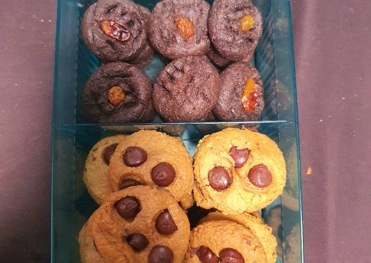 Choco cip almond cookies keto