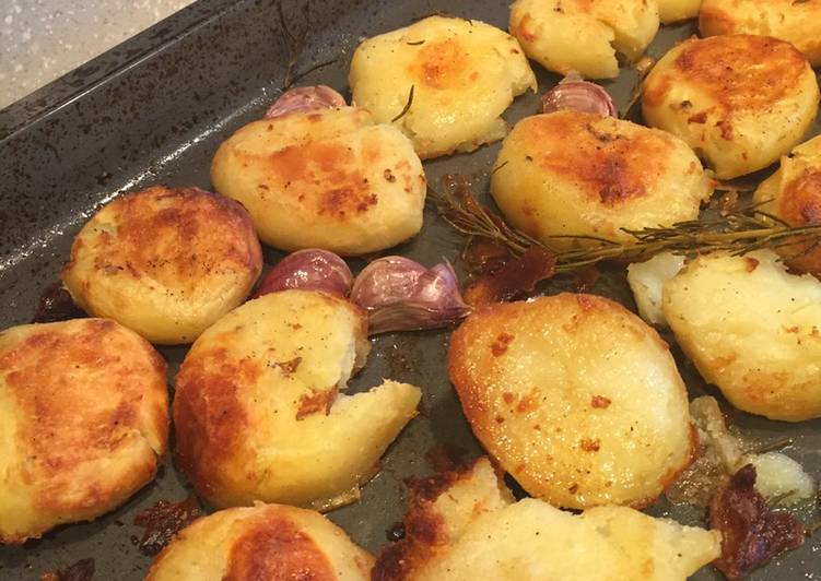 Recipe of Any-night-of-the-week Rock Salt & Garlic Crushed Roasties