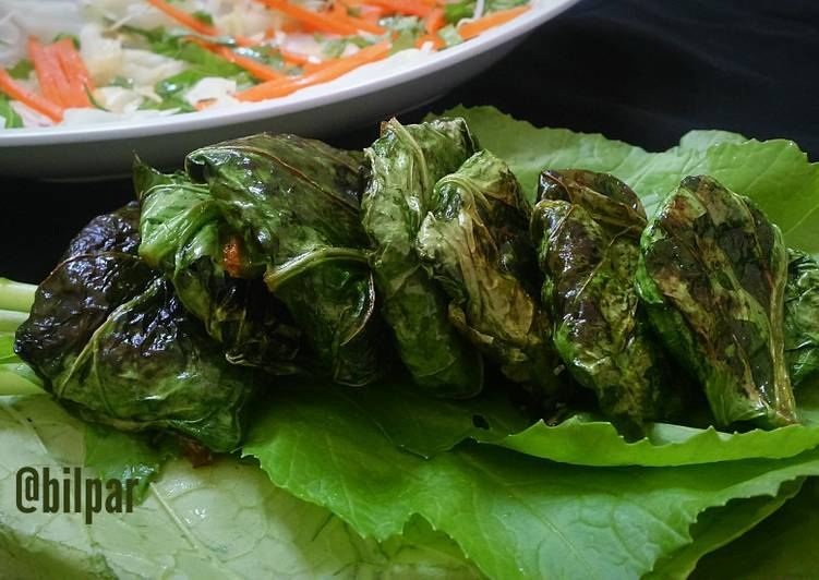 Stuffed Mustard Leaves Parcels