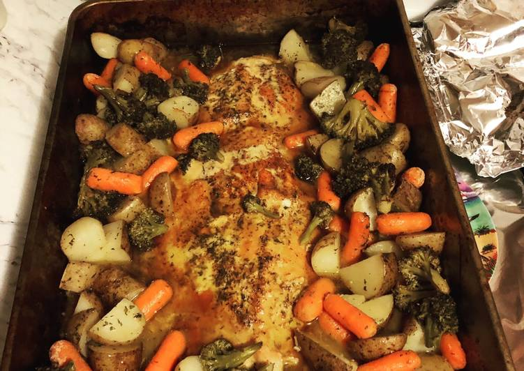 Garlic Buttered Salmon with Potatoes, Carrots, Broccoli !
