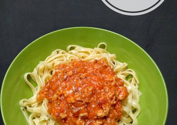 Resep Fettuccine Bolognese Homemade Oleh Vita Wulandari Cookpad