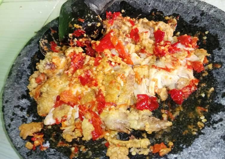 #4. Ayam Geprek