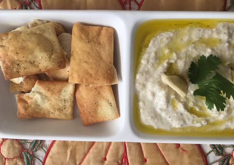 Baba Ganoush with pita chips