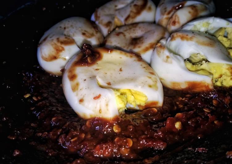 Penyet telur petis
