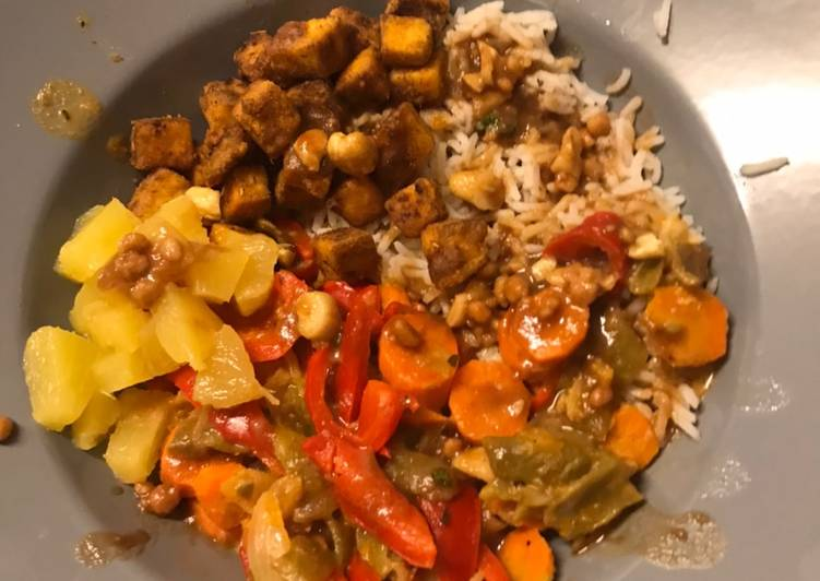 Bowl taï, tofu frit et sauce cacahuète