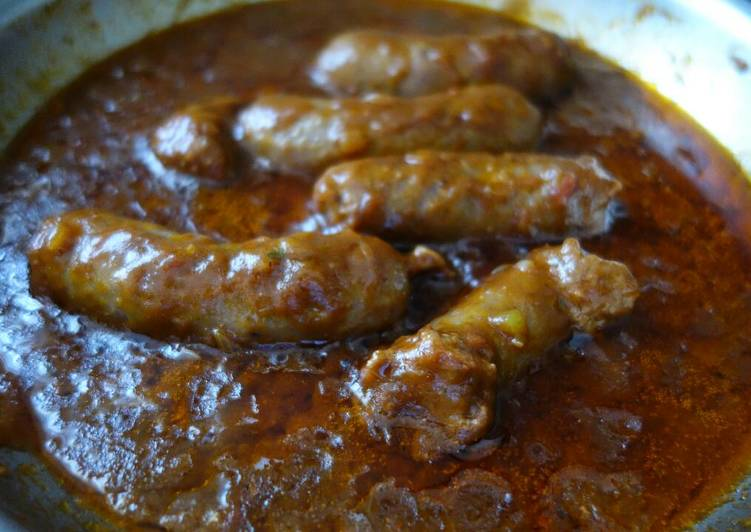Sausages with Tomato gravy