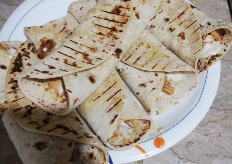 Easiest Way to Make Quick Chicken burritos