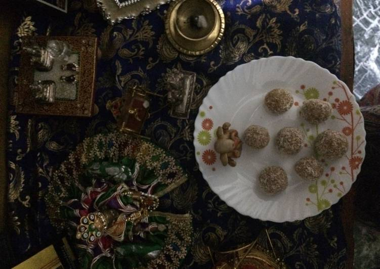 Nutty Nariyal ladoo in 3 minutes - Laurie G Edwards