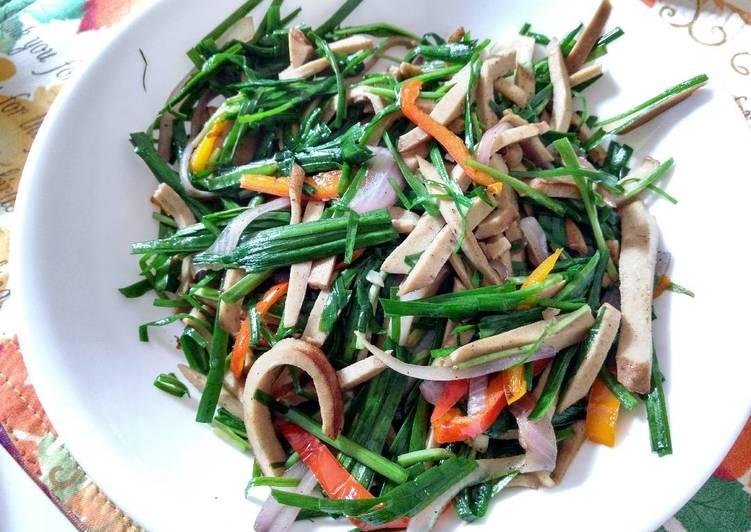 Quick Sauté: Garlic chive with semi-dry beancurd韭菜炒豆干