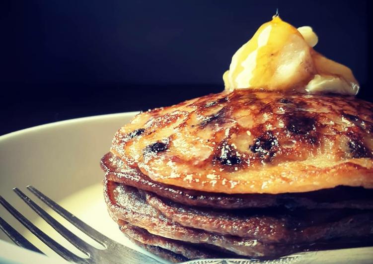 Eggless oats banana pancakes