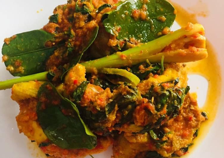 Ayam dan Ati Ampela Rica-Rica Kemangi