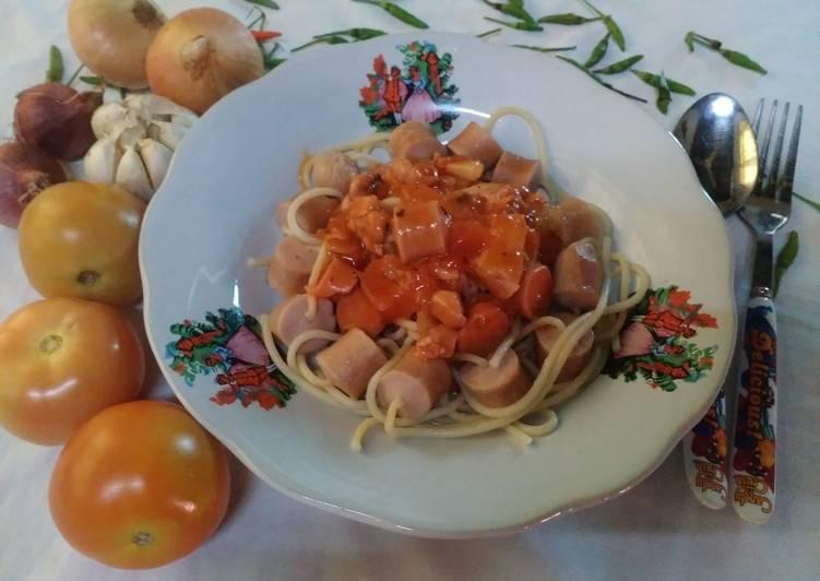 Spaghetti Sosej Masam-masam Manis #DaporAzahZara - velavinkabakery.com