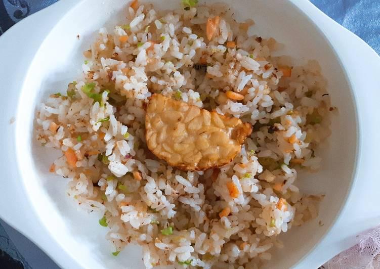 Resep Nasi goreng salmon Paling dicari
