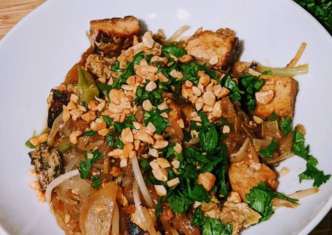 Step-by-Step Guide to Prepare Super Quick Homemade Vegetarian Pad Thai