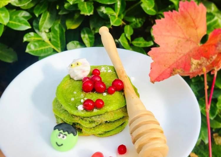 Comment faire Préparer Savoureux Pancakes allégés d'Halloween aux épinards 👻🥞🍃