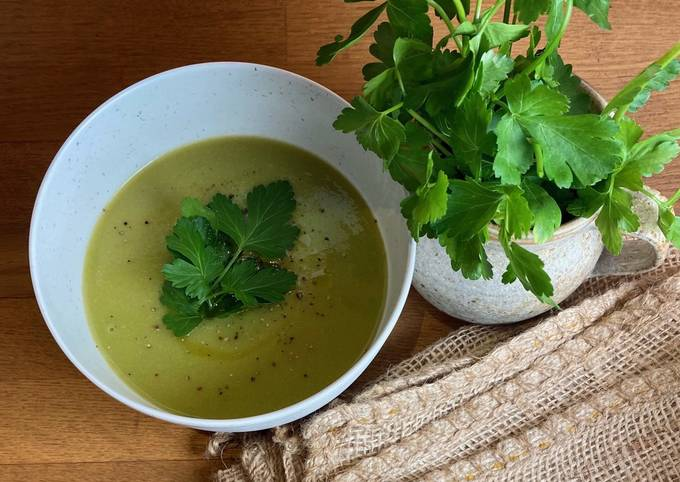Pea and Parsley Soup 🌱🌿