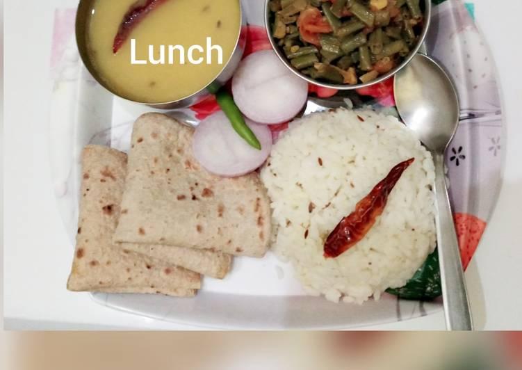 Recipe: Delicious Toovar dal, lobia dry bhaji, chapatis jeera rice and slice onion