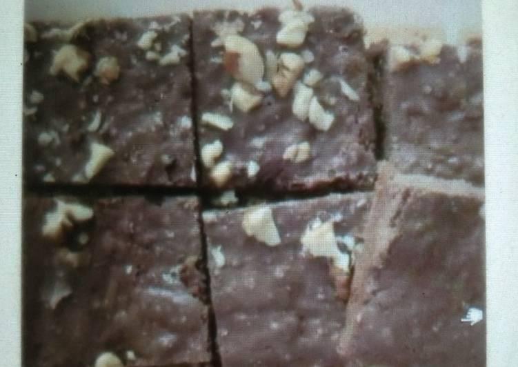 Steps to Prepare Speedy Whole Wheat Flour Brownie